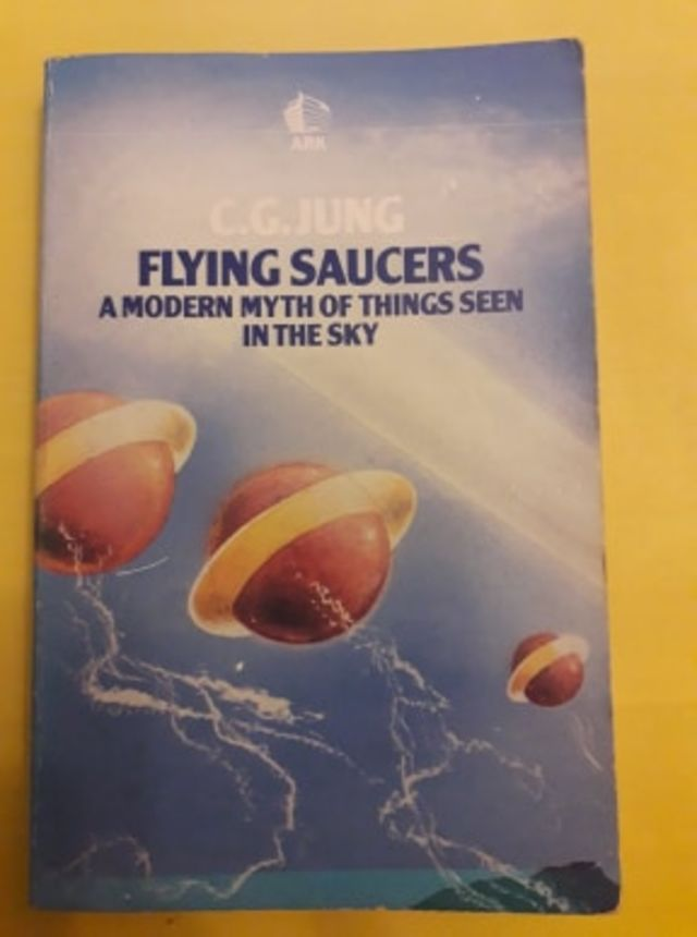 Flying Saucers - a modern myth of things seen in the sky